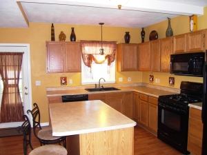 Charming kitchen - 501 Wadsworth Street